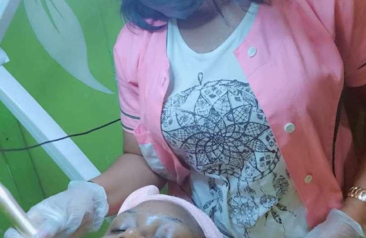 Soins perfecteurs : soins complets pour un visage illuminé