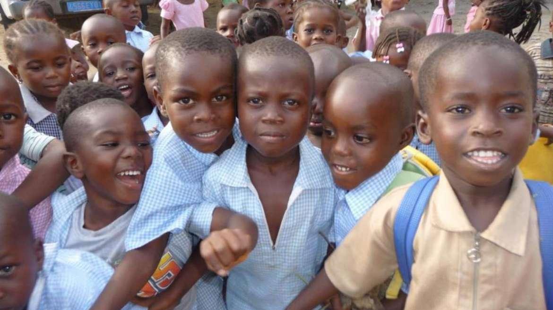 Adoption d'enfants : le gouvernement crée une Autorité centrale