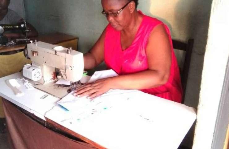 Fête de fin d'année : le casse-tête des couturiers