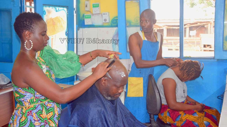 Assandé Amah Elodie : « Je suis barbière… »