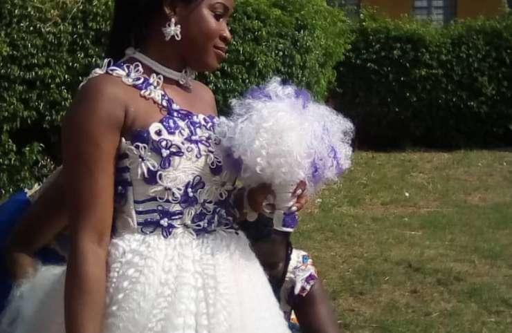 Mariage : l'extraordinaire robe de mèche