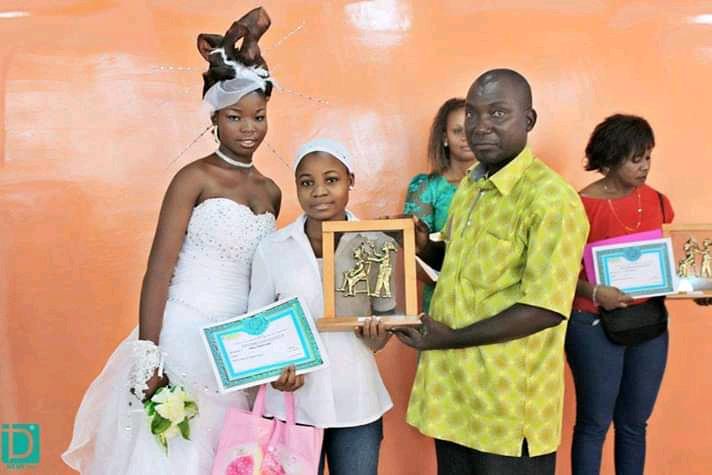 Art, mode, coiffure : la touche du patron d'Ivoire Bagnon
