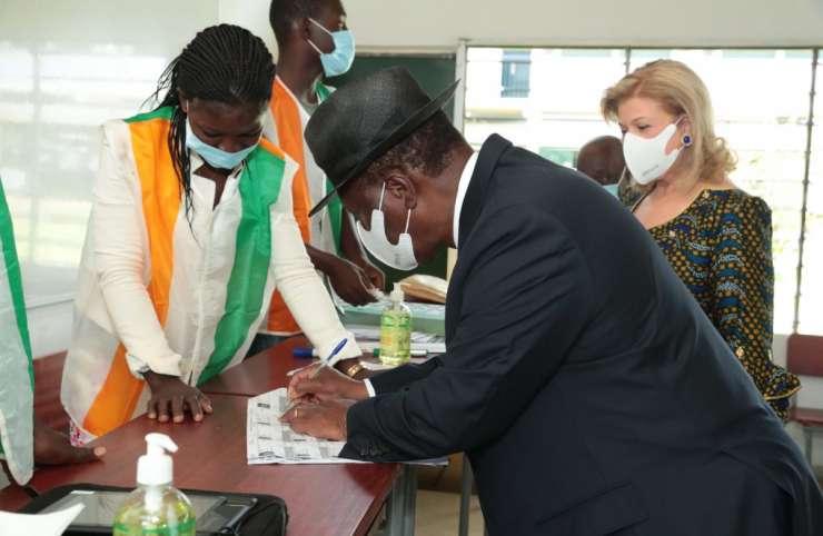 Côte d'Ivoire/Législatives 2021 : Le chef de l'Etat a accompli son devoir civique