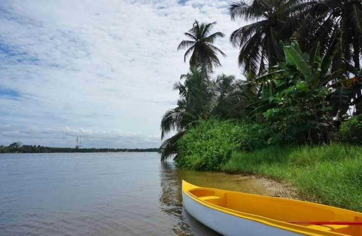 Us et Coutumes: Zoom sur les eaux mystérieuses