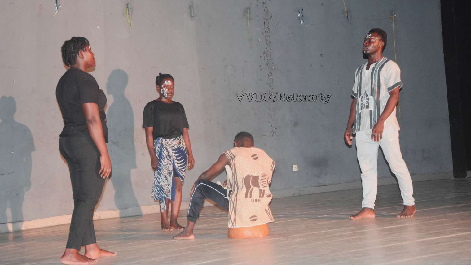 Théâtre : une discipline qui sombre